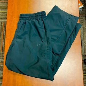 Nike The Athletic Dept lined windbreaker pants XL